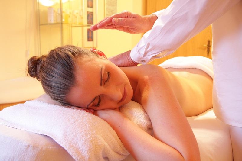 Zalety masażu leczniczego